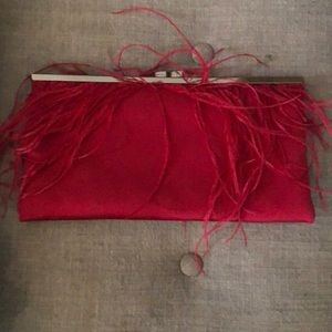 Red feathery clutch